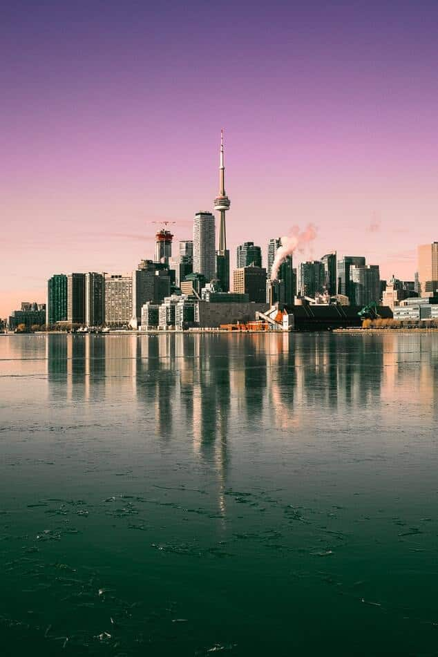 restaurants véganes à Toronto 1